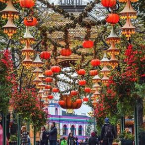 Screenshot-2017-11-12 Tivoli København ( tivolicph) • Photos et vidéos Instagram
